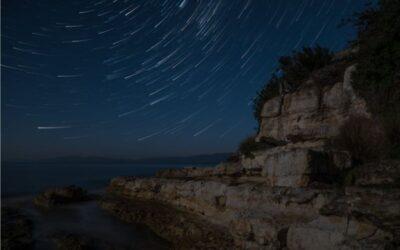 July 2020 – Star Trails theme